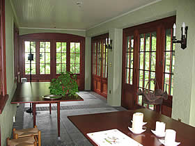 LO-1-Enclosed Veranda