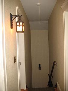 LO-8-Hallway