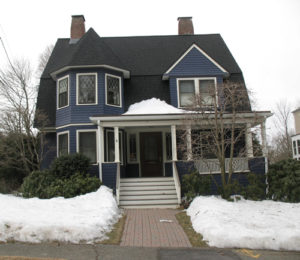 1895-shingle-style-victorian