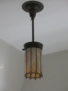ik-sh-12a-circa-1910-leaded-glass-pendant-upstairs-bath