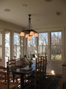 ik-sh-4-kitchen-table-chandelier